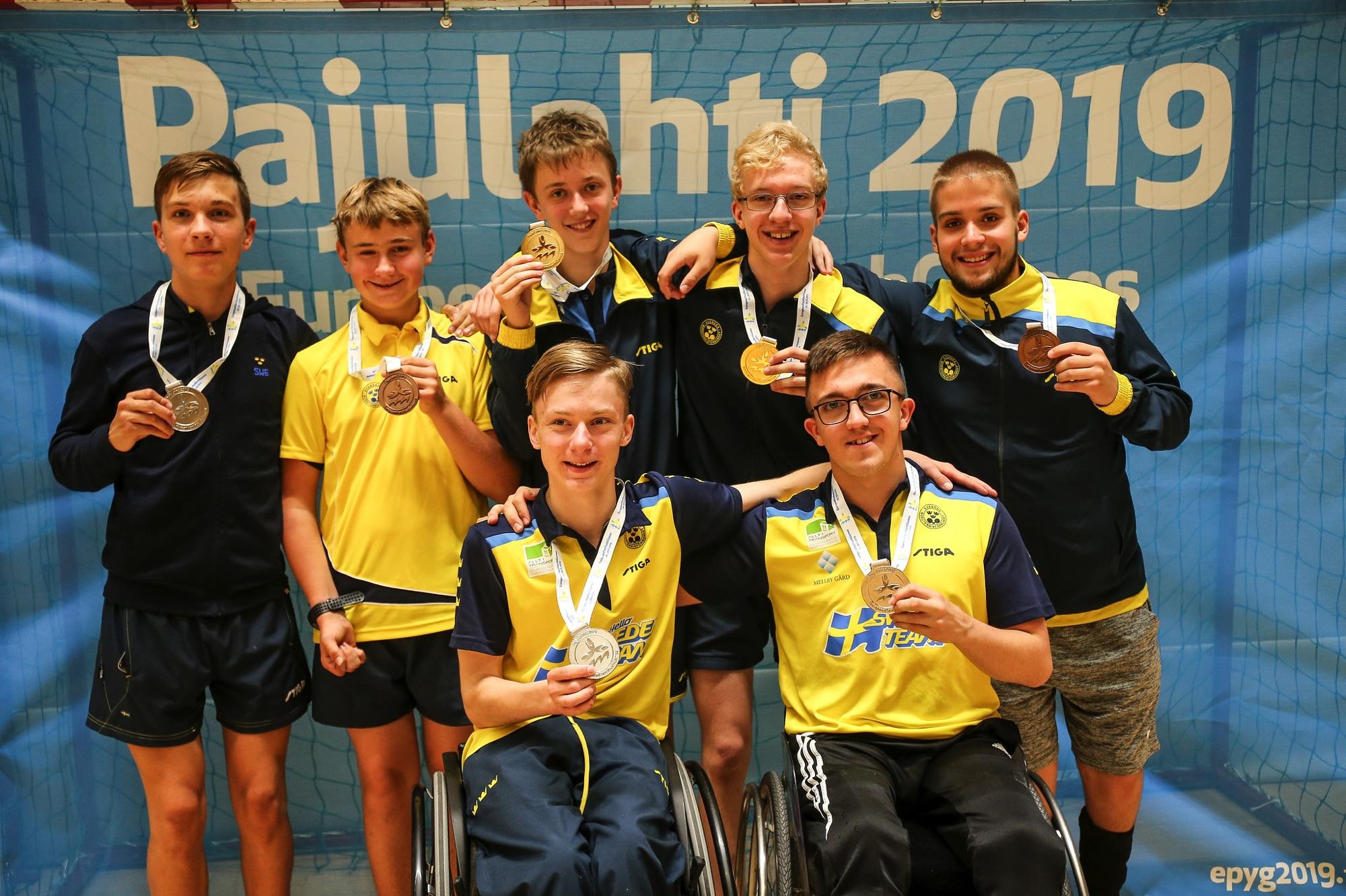 Medaljregn över svenska bordtennisspelaren i European Para Youth Games 2019 i Finland.