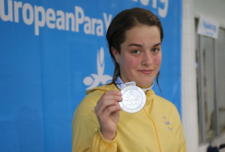 Lina Nilsson simmade hem ett silver på European Para Youth Games 2019.