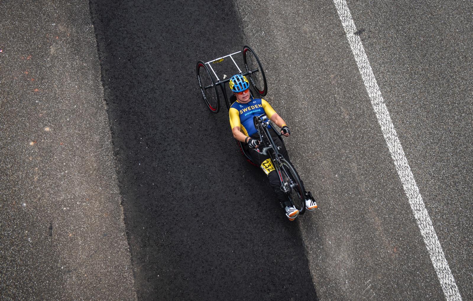 Paracyklisten Patrik Ohlqvist på VM i Emmen.
