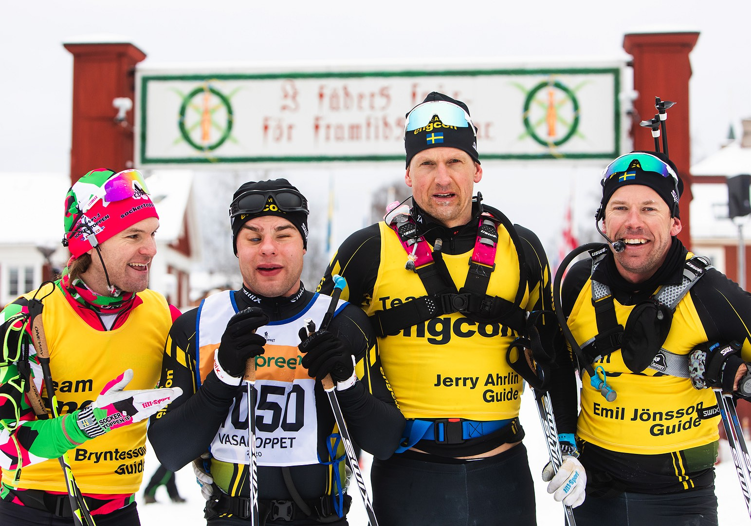 Zebastian Modin och hans ledsagare Jerry Ahrlin, Robin Bryntesson och Emil Jönsson Haag åkte i mål på 05:44:10 på Vasaloppet 2020. Foto: Vasaloppet