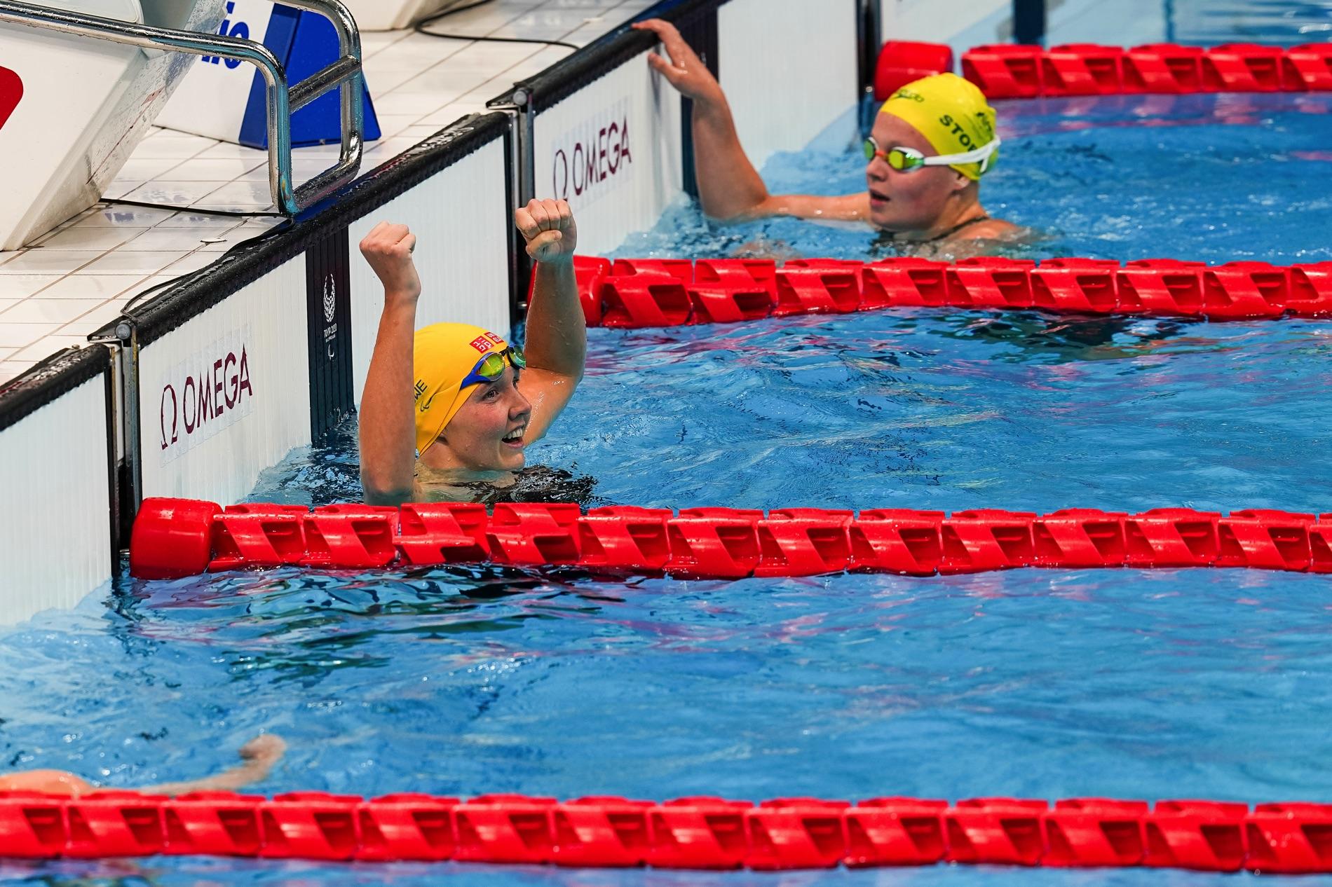Pernilla Lindberg slog till med nytt svenskt rekord på 200 meter medely på Paralympics i Tokyo.